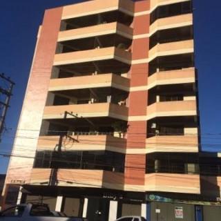 Vende-se amplo apartamento de 03 dormitórios na Av. Barão do Rio Branco