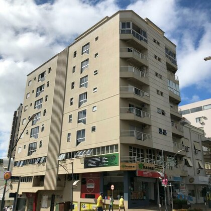 Aluga-se ótimo apartamento no Centro de Marau