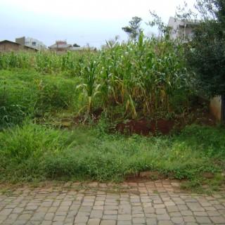 Vende-se Ótimo terreno a a 100 metros da FABE