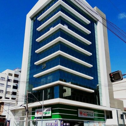 Sala Comercial | Frente para Avenida Júlio Borella