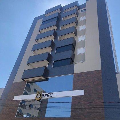 Apartamentos de 1 e 2 dormitórios - Edifício Orfeu - Centro da cidade de Marau