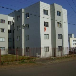 Vende-se apartamento 02 Dormitórios no Cinghamarau