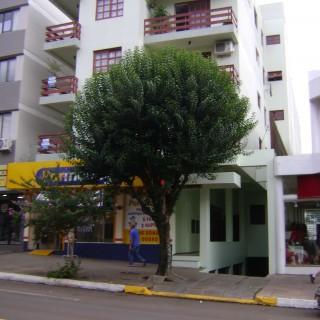 Vende-se Ótimo Apartamento 03 Dormitórios na Av Julio Borella