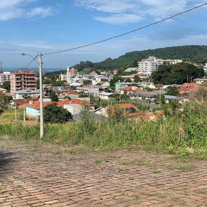 Vende-se ótimos lotes em Paraí-RS
