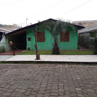 Vende-se casa no Bairro Novo Horizonte!